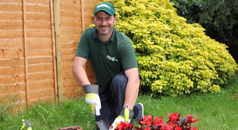 garden-maintenance-by-fantastic-gardeners