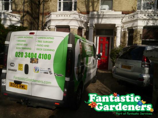 fantastic gardeners bus