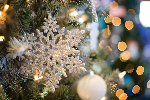 artificial christmas tree how to choose